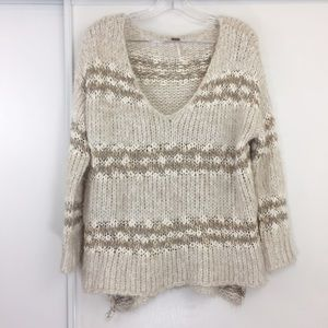 Free People Knit Cream V-Neck Pullover ❣️